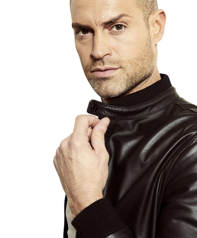 gaudi-black-colour-letaher-bomber-jacket-smooth-aspect (3)