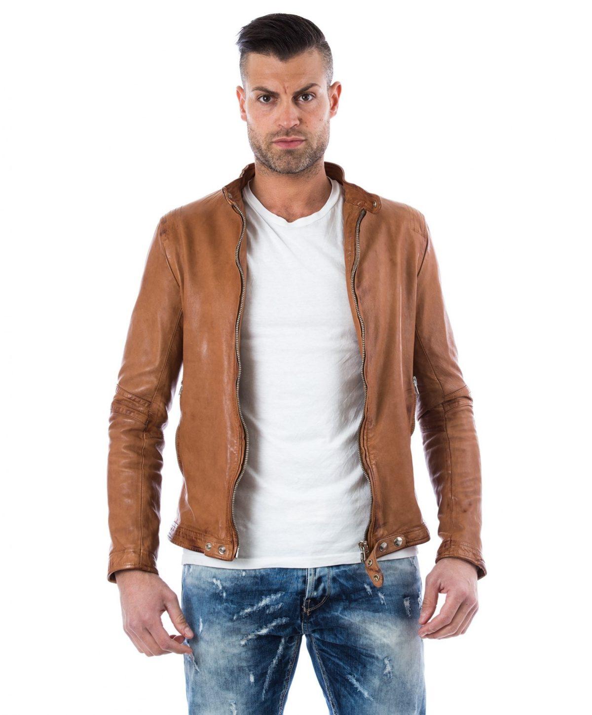 giacca-in-pelle-da-uomocon-impunture-sulle-spalle-senza-tasche-nero-emy- (1) – Copy