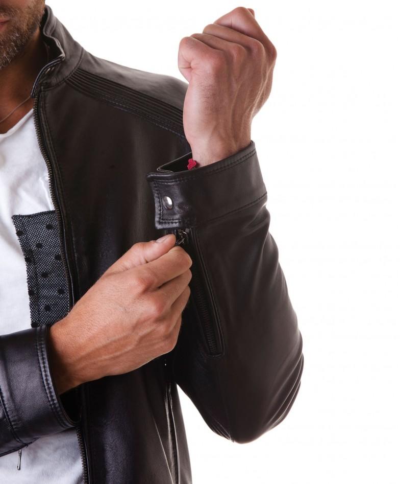 giacca-in-pelle-da-uomocon-impunture-sulle-spalle-senza-tasche-nero-emy- (7)