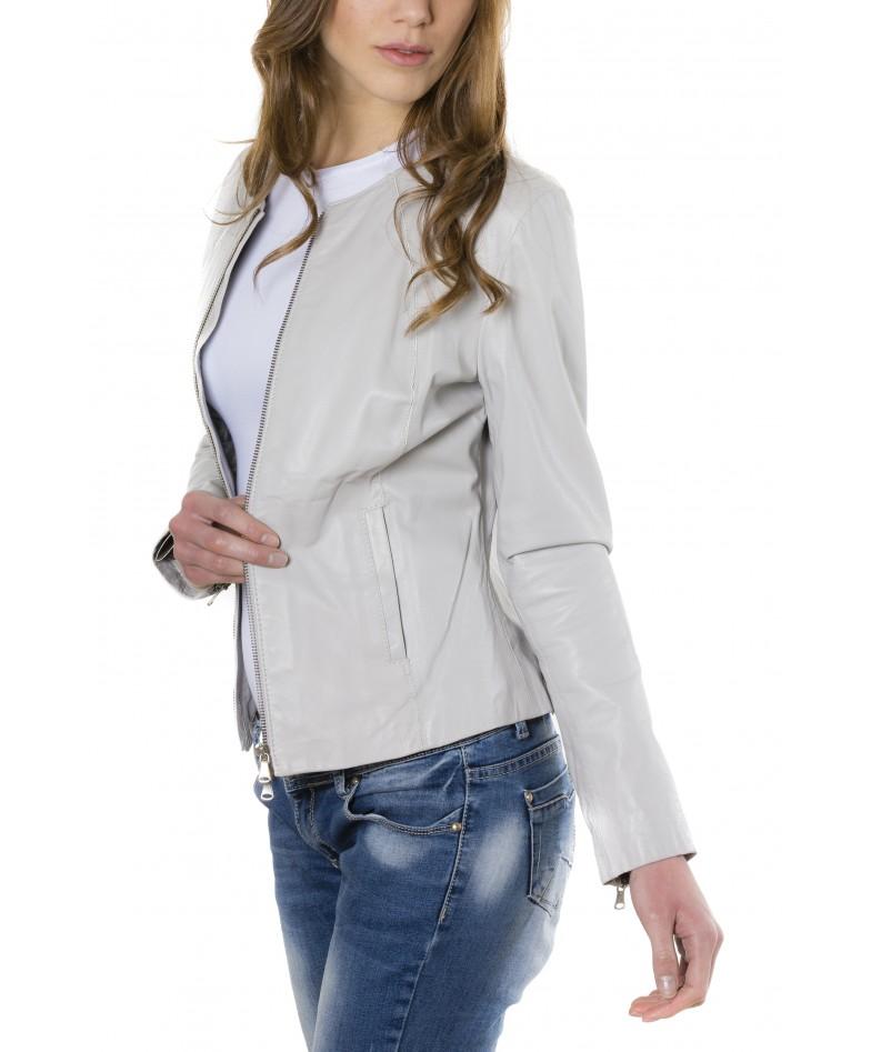giacca-in-pelle-comfort-fit-da-donna-con-zip-centrale-e-girocollo-color-ghiaccio-p151 (3)