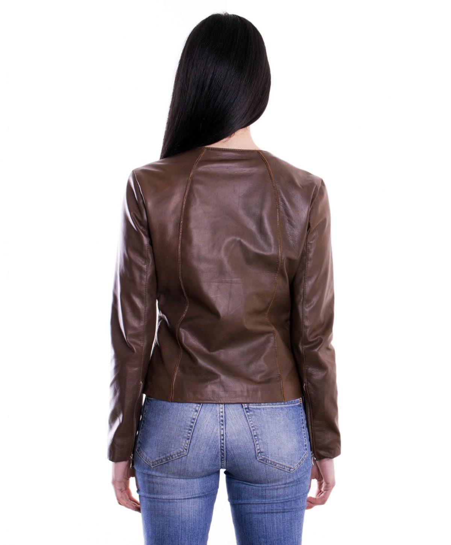giacca-in-pelle-comfort-fit-da-donna-con-zip-centrale-e-girocollo-marrone-p151 (4)