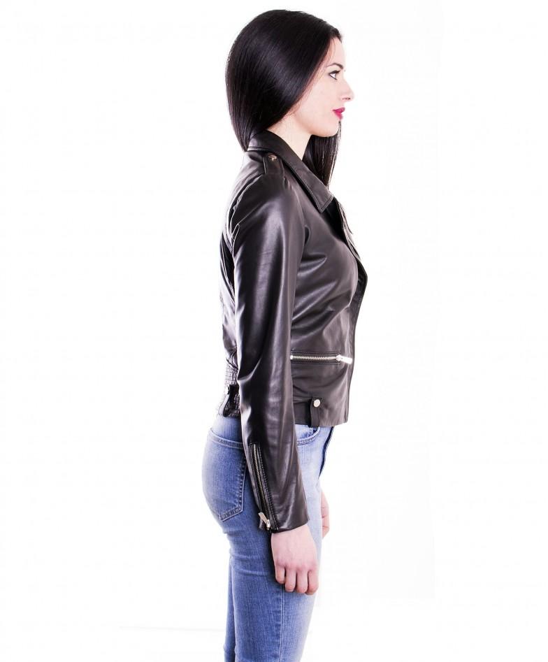 giacca-in-pelle-da-donna-modello-chiodo-biker-zip-trasversale-nero-barbara (3)