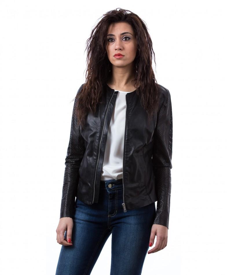giacca-in-pelle-da-donna-vera-pelle-con-zip-centrale-e-girocollo-nero-clear (4)