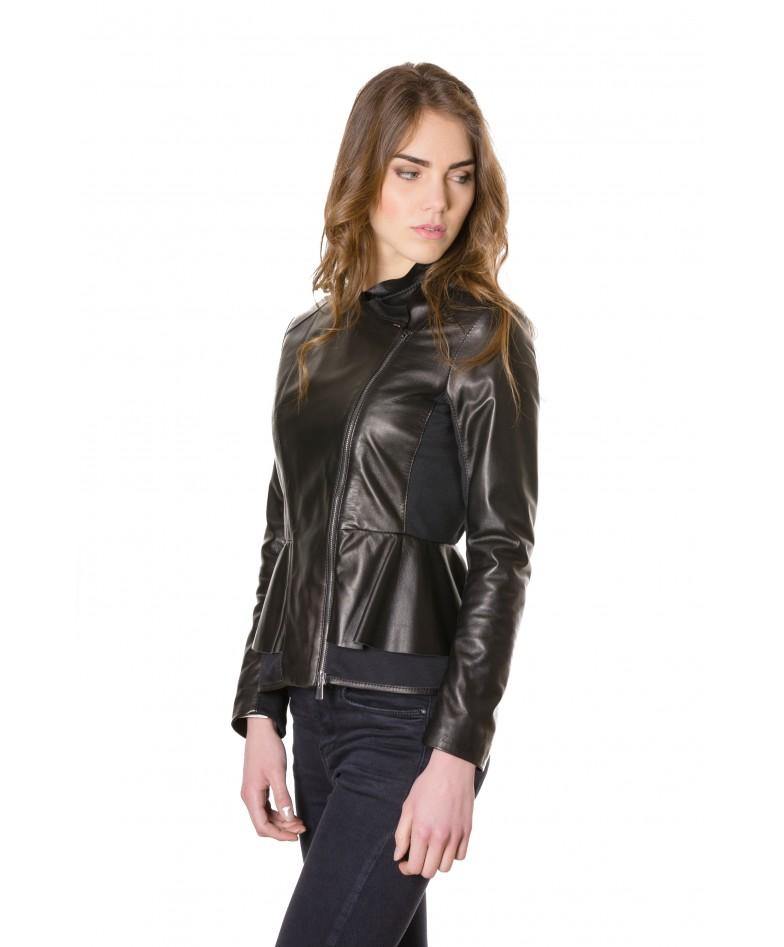 giacca-in-pelle-donna-con-balze-modello-chiodo-biker-con-zip-trasversale-colore-nero-clips- (1)