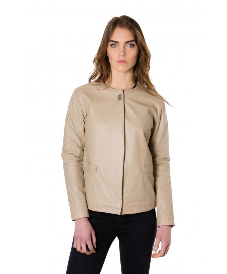 giacca-in-pelle-donna-con-chiusura-a-borsa-e-girocollo-color-crema-f102