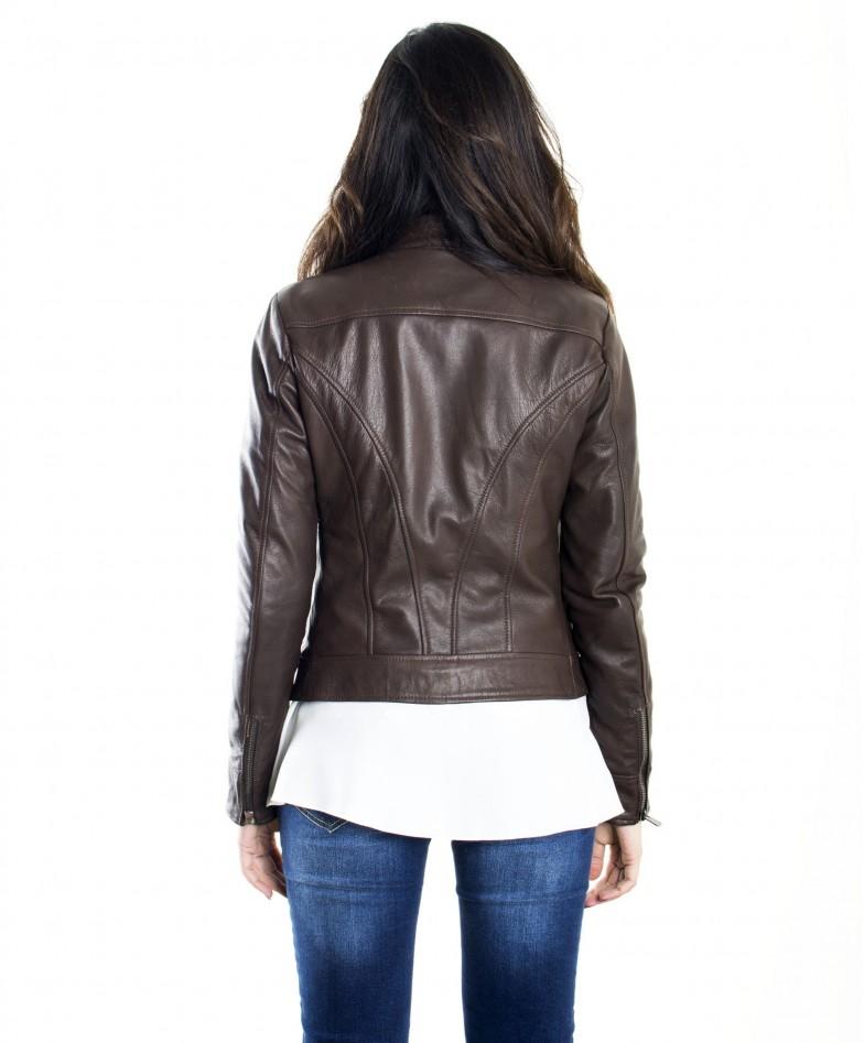 giacca-in-pelle-donna-modello-biker-con-collo-mao-e-taschini-colore-testa-di-moro (4)