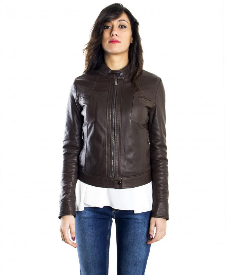 giacca-in-pelle-donna-modello-biker-con-collo-mao-e-taschini-colore-testa-di-moro