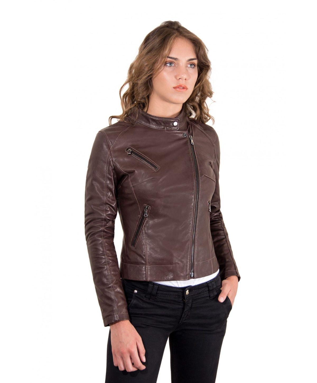 giacca-in-pelle-donna-modello-chiodo-biker-con-zip-trasversale-colore-testa-di-moro-karim-collezione-donna-autunno-inverno