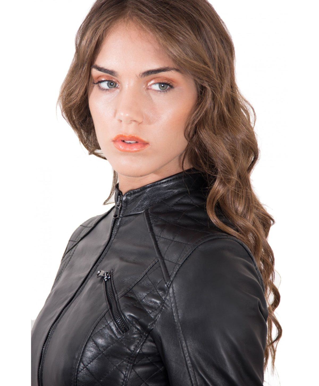 giacca-in-pelle-donna-trapuntata-modello-chiodo-biker-colore-nero-geny-collezione-donna-autunno-inverno (2)